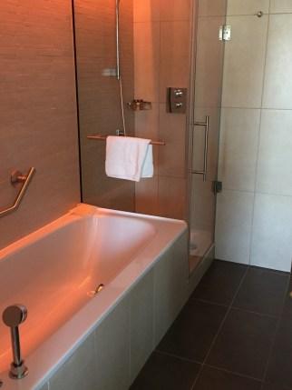 Edinburgh Sheraton Grand Bathroom