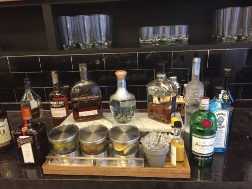 Fairmont D.C. Gold Level Lounge Review Liquor