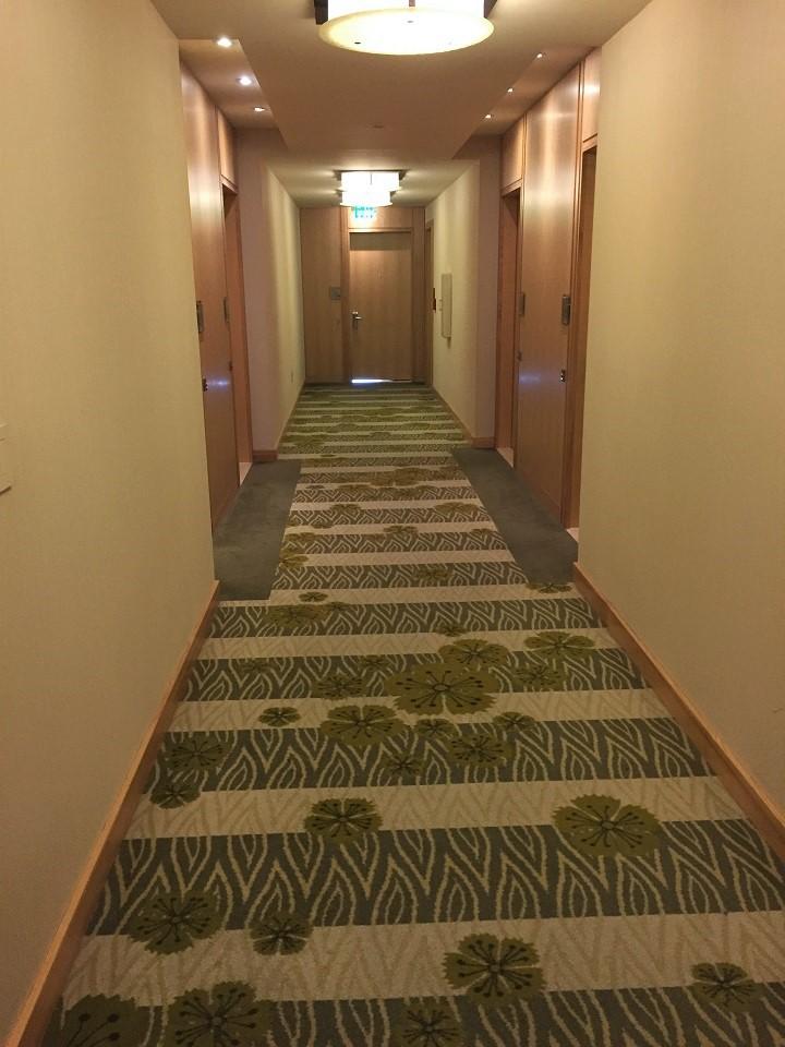 four seasons seattle hallway