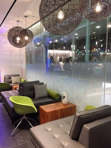 AMEX PHL Centurion Lounge seating bar