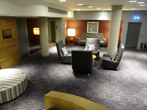 London Aloft Excel Hotel Lobby seating