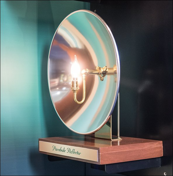 Parabolic Reflector Demo Exhibit