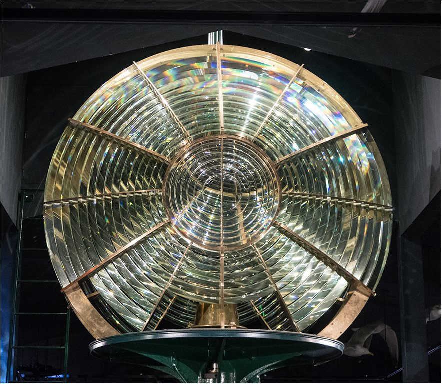 Second Order Fresnel Lens - White Shoal