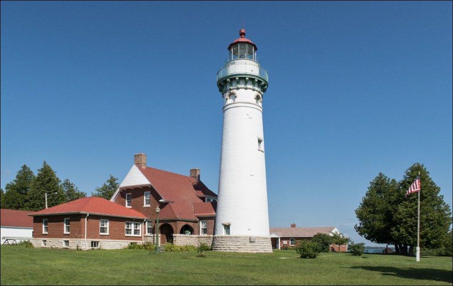 Seul Choix Point Lighthouse - Southwest View