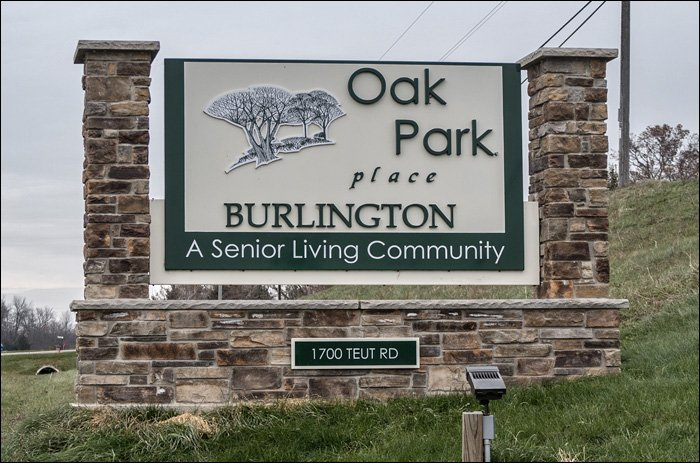 Oak Park Place Burlington Sign