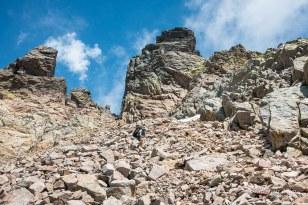 Descente depuis la brèche de Capitello en direction du refuge de Manganu