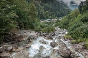 La Raillere depuis la cascade de Lutour