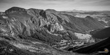 La vallée de Chaudefour depuis les pentes sommitales du Puy Ferrand