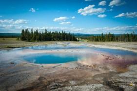 Ce trou offre une eau bleue très attirante. Néanmoins, j'ai résisté !