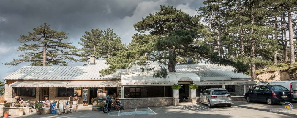 la devanture de l'Auberge du Col de Bavella