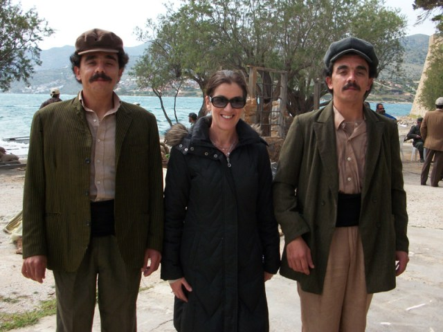 Victoria Hislop with two Greek actors