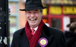 Farage-smiling_2511673b-460x288
