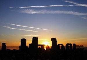 Summer solstice sunrise over Stonehenge 2005. Photo Andrew Dunn
