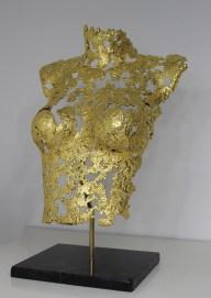 philippe buil sculpteur Belisama or 24 Carats La rose d'Assur 3