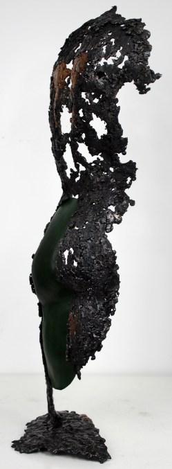 Sculpture représentant un dos masculin en métal : dentelle de bronze, d'acier et cuir Pavarti Manifestation Pièce unique