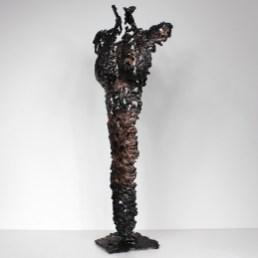 Sculpture représentant une silouhette de femme en métal : dentelle de Bronze, d'acier Pavarti La Discrete Pièce unique