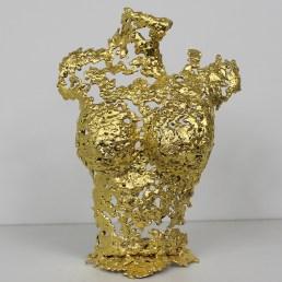 Sculpture représentant un buste de femme en métal : dentelle de Bronze, d'acier recouvert à la feuille d'or 24 carats Gold Pavarti Chattie Pièce unique
