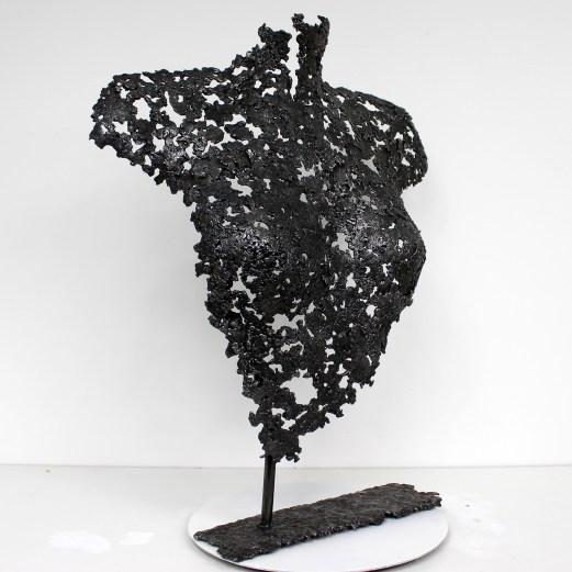 Sculpture de Philippe Buil en metal : dentelle acier Buste de Femme Belisama Opaline Piece unique