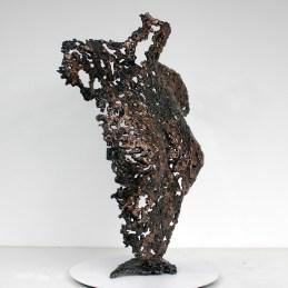 Sculpture de Philippe Buil en metal : dentelle de bronze et d'acier Buste de Femme Belisama Une Nuit Piece unique