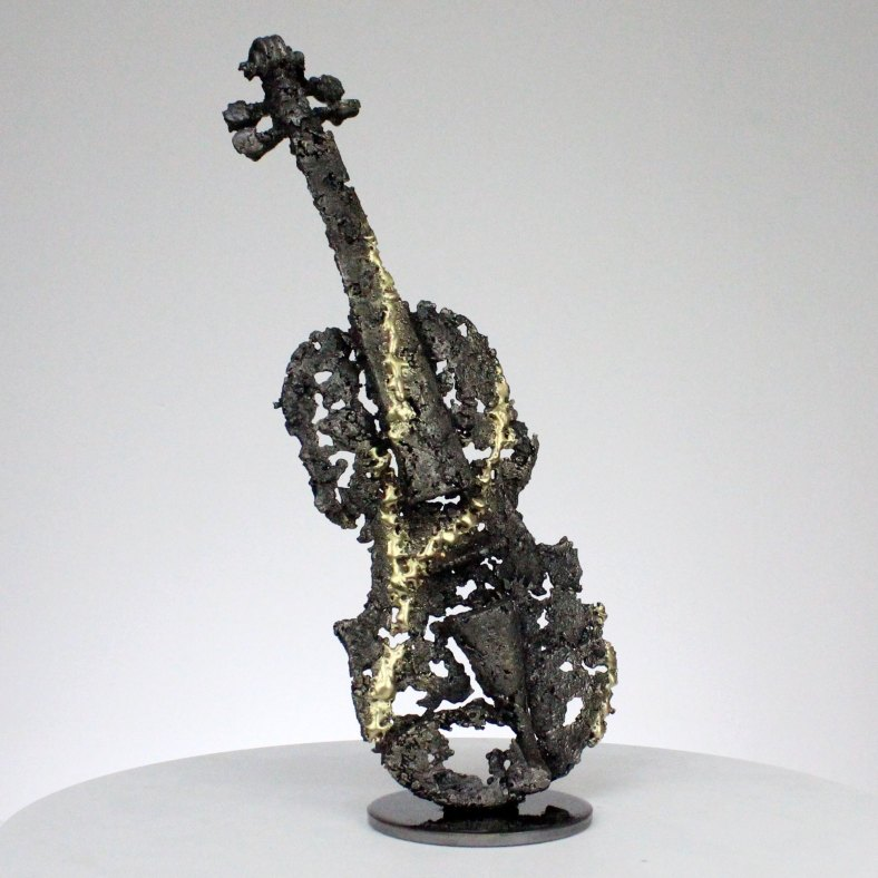 solo de violon I sculpture dentelle acier et laiton violin solo I sculpture lace steel and brass