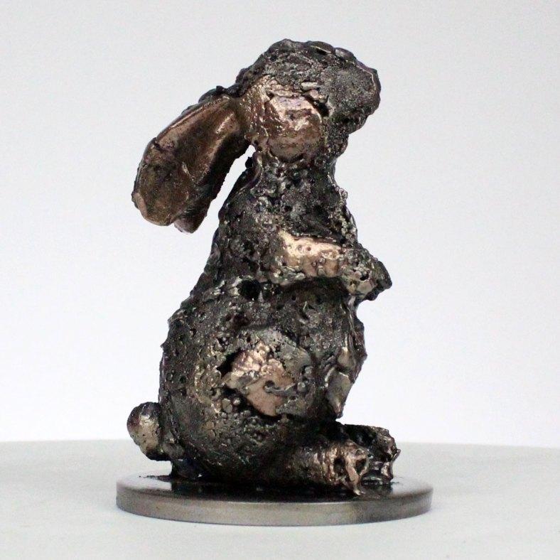 Kaninchen XI Tierskulptur aus Metall Kaninchen Bronze und Stahl animal metal sculpture rabbit steel bronze - Buil