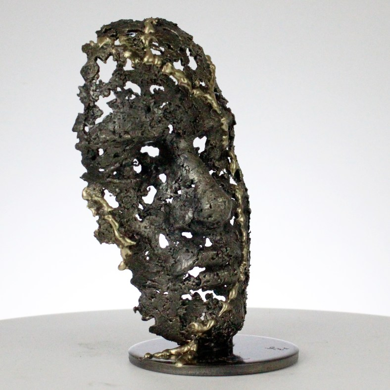 28-une-larme-V-Sculpture-visage-laiton-acier-brass-Sculpture-steel-tear-metal-face-Buil-7