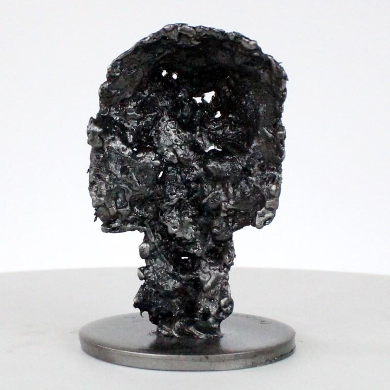 Vanité 85-21- Sculpture crane métal Chrome- metal skull sculpture - Philippe Buil