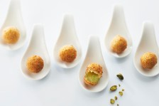 05-02-farandole-de-cromesquis-morbier-pistache