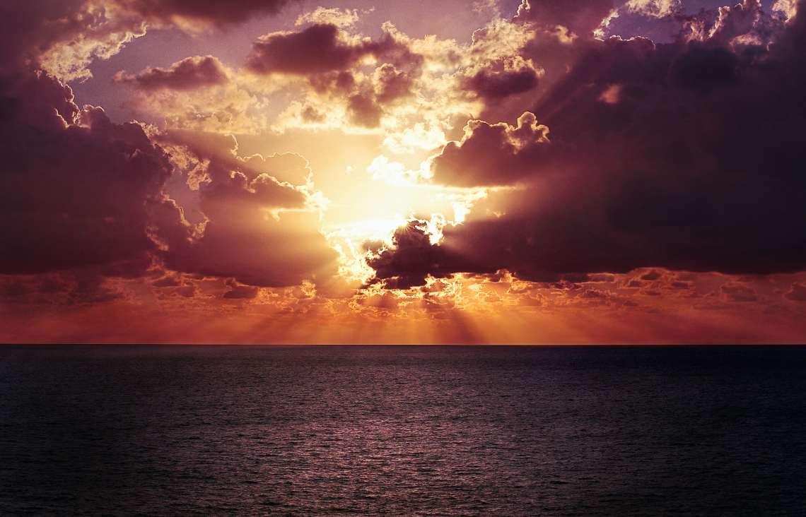 Dans la persécution, la promesse de Dieu est comme un lever de soleil qui brise les ténèbres
