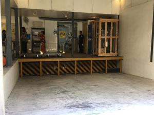 Loading dock can accommodate 40-ft container vans
