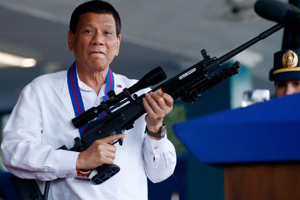"Mga Obispo ""patayin ninyo"" : Duterte"