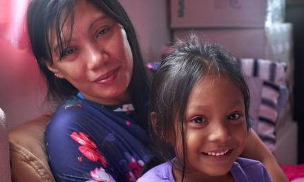 Filipino mother, child wins refugee status in Canada
