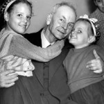 Thomas Grover with-granddaughters-patricia-and-jacqueline-jones-who-were-released-with-their-parents-australia-1945