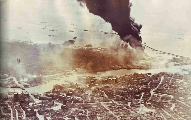 Battle-of-Manila-bombing-1945-02