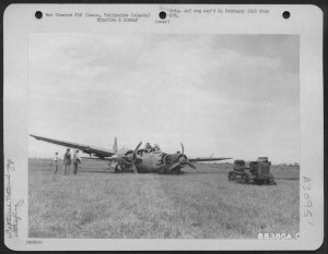 Destroyed Japanese plane, 1945, San Miguel