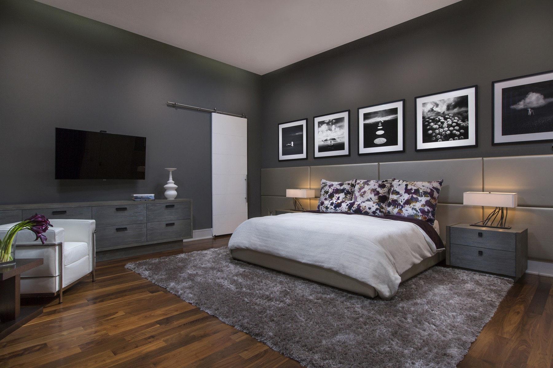 Modern Interior Paint Trends For 2018   Phil Kean Design Group on Trendy Bedroom  id=70048