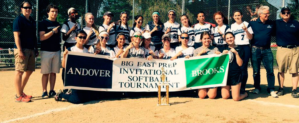 Softball Outscores Opponents 52-4 to Claim Big East Title