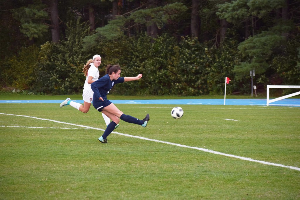 Girls Soccer Beats NMH, Falls to Thayer