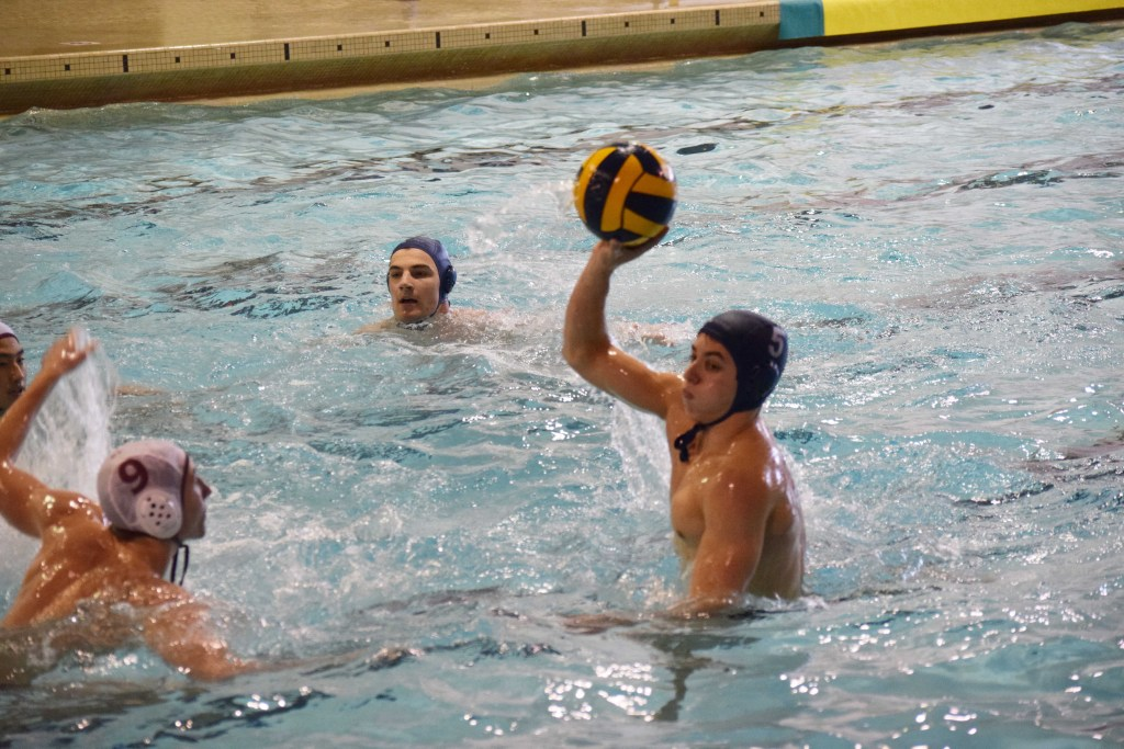 Boys Water Polo Achieves Tight Win over Loomis
