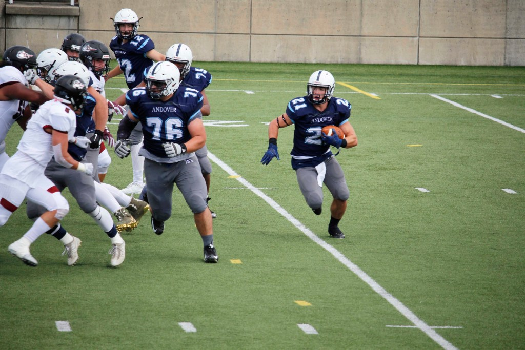 Football Defeats Deerfield with Last-Second Touchdown