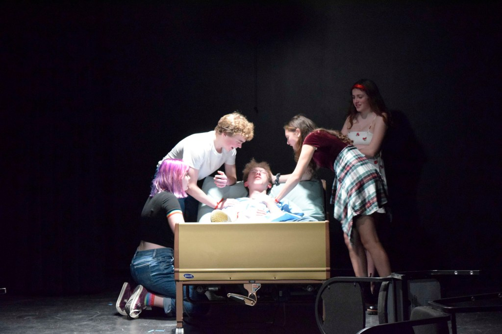 Theater-901 Production  'An Endangered  Species: Waking Up' Brings Awareness to AIDS