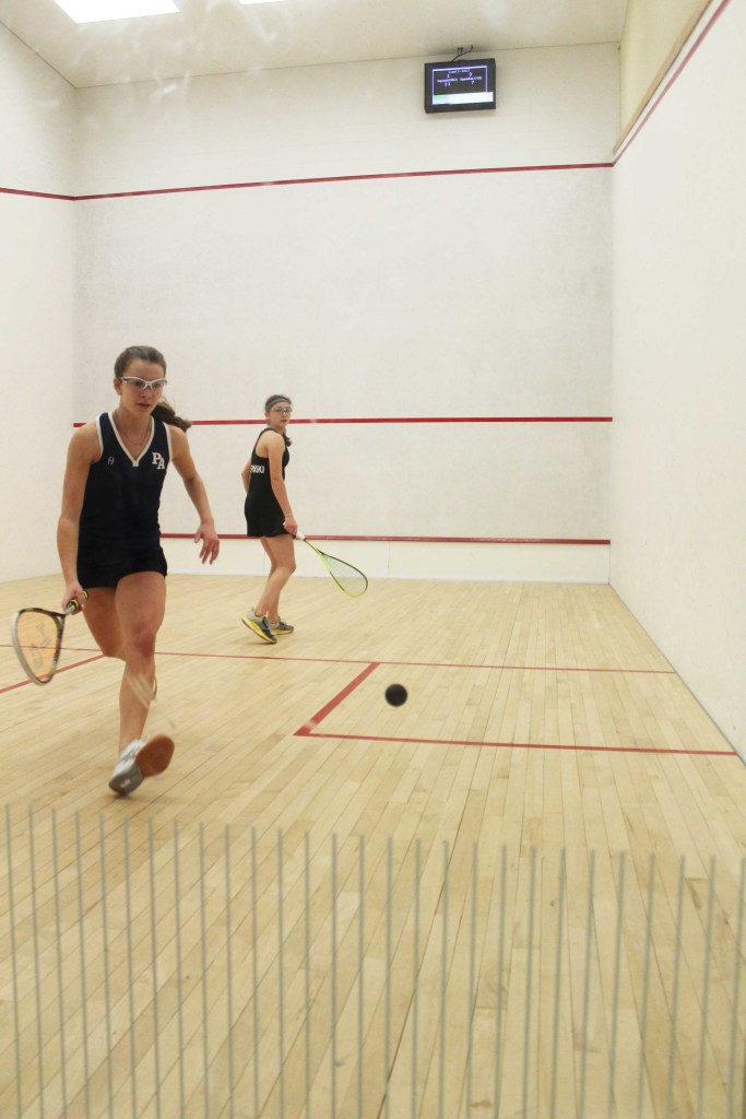 Girls Squash Clinches Tight Win Over St. Georges