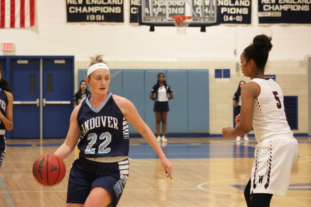 Girls Basketball Unable to Rebound