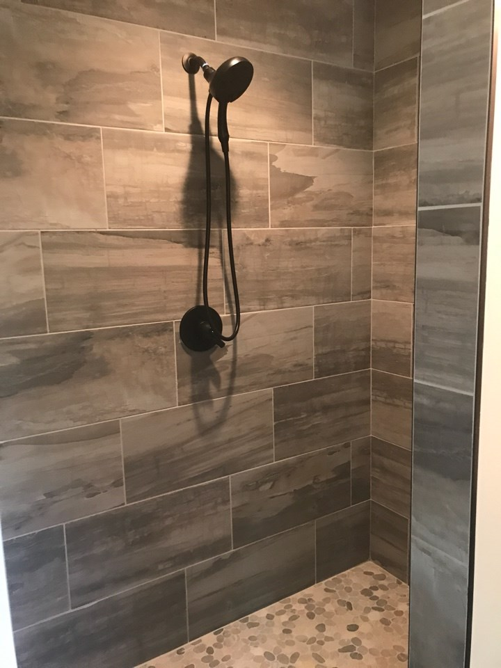 Vickers Master shower tile