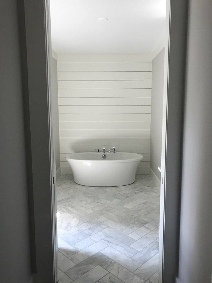 Vickers tub and tile