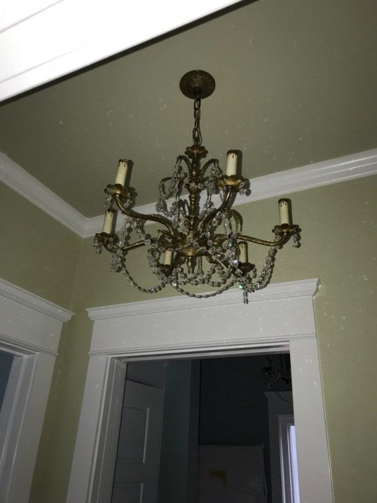 Gorgeous chandelier.