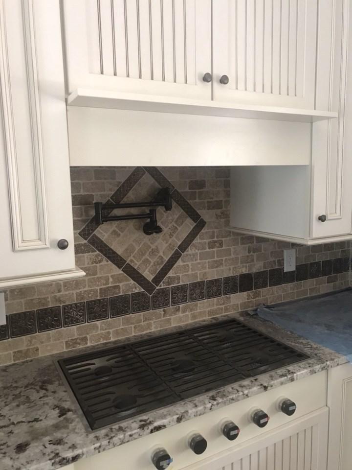 5-kitchen backsplash completed