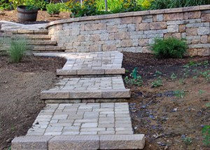Retaining Walls and Paver Steps