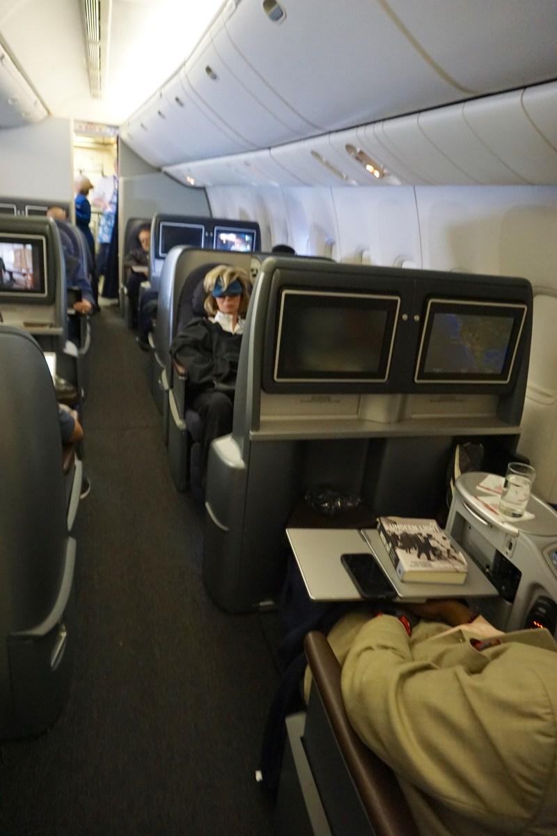 United Airlines 777-200 Economy Plus