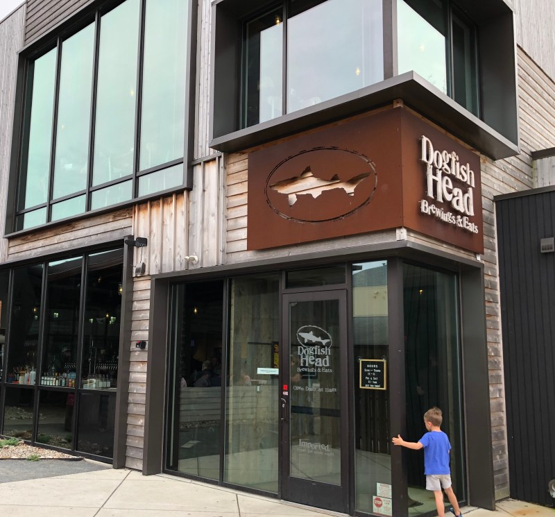 Dogfish Head Brew Pub